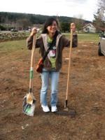 hannah-donates-shovels