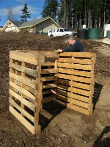 compost-bins-first-section-done