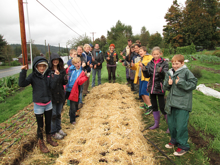 wellington school garlic planting done_0429